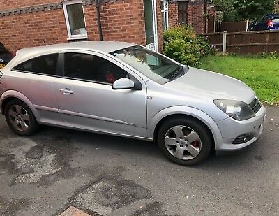 Vauxhall Astra SXI Silver 1.4 3 Door Hatchback - Spares Repairs non Runner