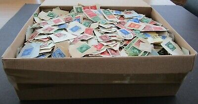 GREAT BRITAIN - VAST COLLECTION OF VINTAGE CLIPPINGS EDWARD 8th/GV1 - IN BOX