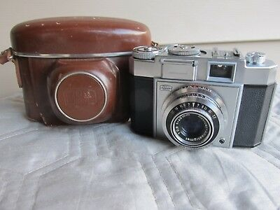 Zeiss Ikon Contina 35Mm Rangefinder Camera W/ Novar 45Mm F 2.8 Lens