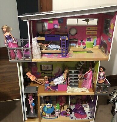 Kids Girls Wooden 3 Levels Doll House - comes with Dolls and Furniture!!
