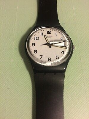 ccea66a16b4ba Vintage Black and White 2000 Swatch