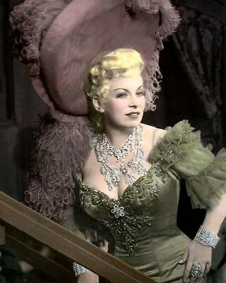 """MAE WEST HOLLYWOOD ACTRESS PLAYWRIGHT SCREENWRITER 8x10"""" HAND COLOR TINTED PHOTO"""
