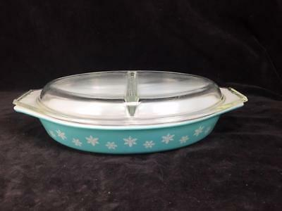 Vintage Pyrex 1.5 Quart Turqouise Snowflake Divided Dish Casserole w/ Glass Lid