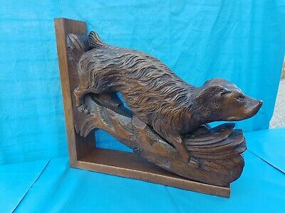 Antique French: Black Forest Corbels/Statues solid oak, 19th, Carved Hunting Dog