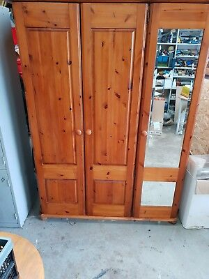 Quality Victorian Antique Style Reclaimed Pine Triple Wardrobe & Mirrored door.