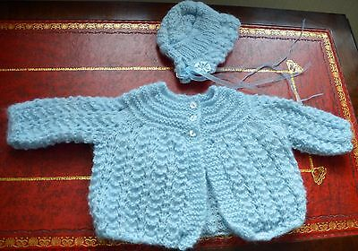New Baby Unisex Hand Knitted Coat   Hat Set Fluffy Blue Stunning 0-3M Reborn 3a37cb7f4a22