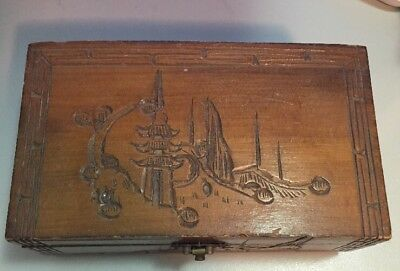 Vintage Carved Wooden Box / Jewellery