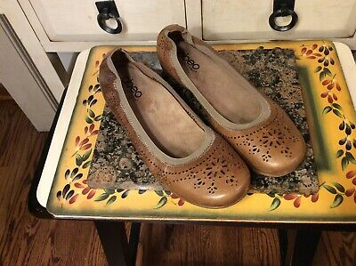 fe4ba163f5b ABEO Bio System Tamra Women s Brown Leather cut out Flat Shoes Size 8.5  N-NARROW