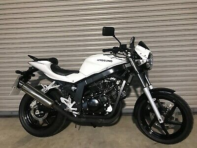 Hyosung GT 125. 2018. Immaculate Only done 1780 miles. Superb large 125cc