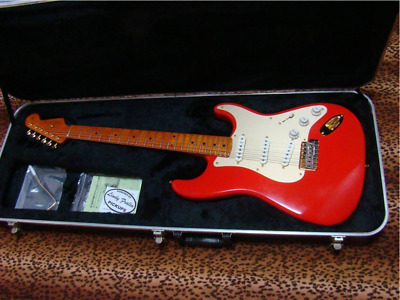 Fender Real Custom Build Class Stratocaster Red Electric Guitar