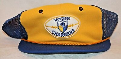 a85930fc3ee SAN DIEGO CHARGERS ORIGINAL 80 s Vintage Throwback Mesh Trucker NFL ...
