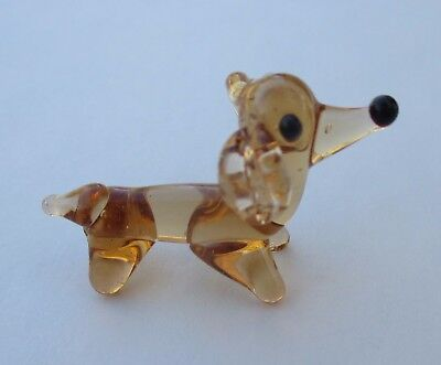 a Dachshund doxie weiner dog MINIATURE GLASS FIGURINE little art mini animal