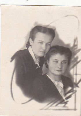 1945 Pretty Young Women Girls Friends Fashion Hairstyle Old Soviet