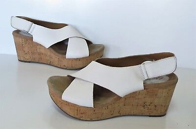 3d902bdee Ladies CLARKS  artisan  White Leather Wedge-Heel Sandals Shoes Size 5.5 Exc