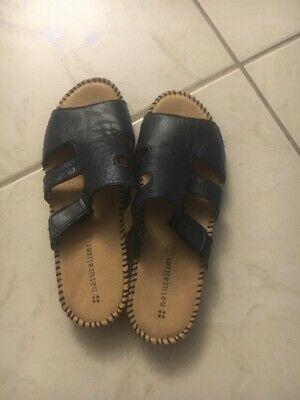 6eca6fa30857 NATURALIZER Womens Navy Blue Leather Slide on Sandals-