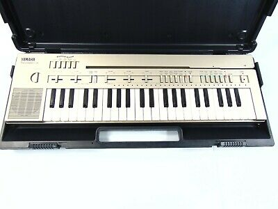 YAMAHA PC-100 PORTASOUND Electronic Keyboard w/ Case Manual and