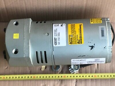 GAST ROTARY VANE pump compressor oilless 0523-V125Q-G588DX 1PH 100-230VAC SN