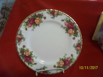 "Royal Albert Old Country Roses Set Of 2 Salad Luncheon Plates 8"" England"