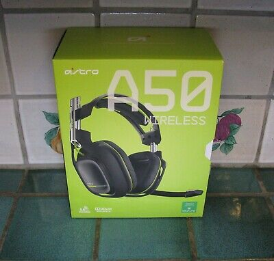 ASTRO Gaming Wireless Headset A50 Neon/Black (2014 Model)  (Mic does not work)
