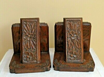 Arts and Crafts carved floral oak bookends