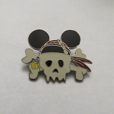 2008 Disney Land Skull With Mouse Ears Trading Pin Rare