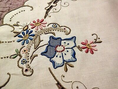 """Wow! Colorful Floral Vintage Madeira Embroidery Oval Table Runner 18 1/2 x 13"""""""