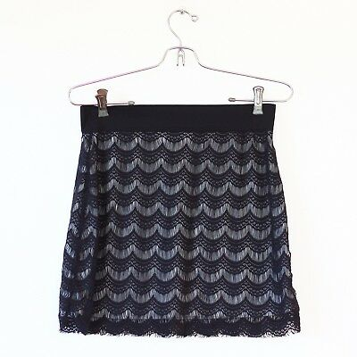 88b7ca5f7f4f FREE PEOPLE BLACK Lace Overlay Scalloped Mini Pencil Skirt Size ...