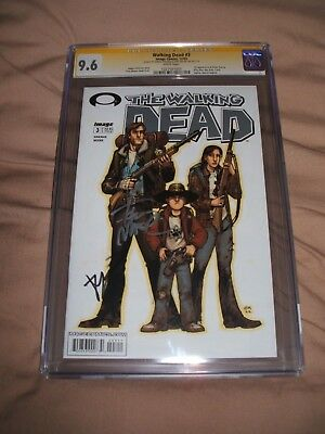 The Walking Dead 3 1St Print Cgc 9.6 Signed Kirkman & Moore 10 1St Appearance