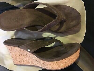 ab40946f8b1 UGG NATASSIA SANDALS Sz. 5.5 Cork Platform Wedge Thongs