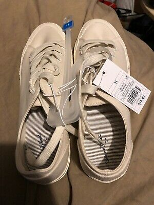 58a9834ce NWT Women s Mandy Canvas Lace Up Sneakers - Universal Thread Cream Size 11