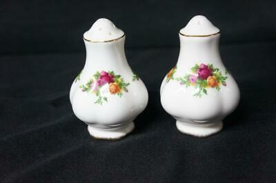 Royal Albert Old Country Roses Salt and Pepper Shakers,  England