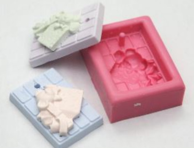 (For Necklace) Mini Bear in the gift Silicone soap Mould plaster Mold
