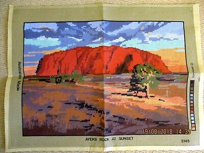 ~BN AYERS ROCK AT SUNSET TAPESTRY with GOBELIN WOOL - 50cm x 35cm - UNUSED~
