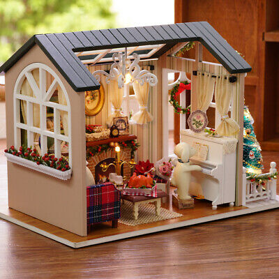 DIY Christmas Miniature Dollhouse Kit Realistic Mini 3D Wooden House Room W3S0