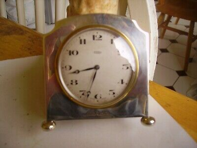Lovely vintage art deco hallmarked silver clock/time-piece dated to 1925. Swiss.