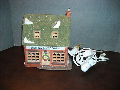 Dept. 56 Dickens Village Series White Horse Bakery 1988