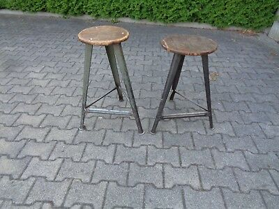 2 alte Hocker wohl Rowac Industriedesign