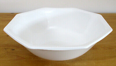 "Johnson Brothers 'Heritage White' 22.75cm/9"" Serving/Salad Bowl"