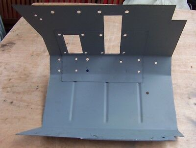Landrover Lightweight right hand Footwell. Seller away between 24th - 31st march