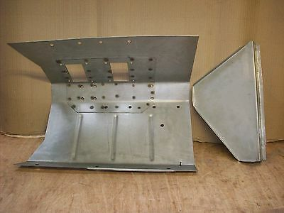 Land rover series 2 2a Right hand footwell. Seller away between 24th - 31st marc