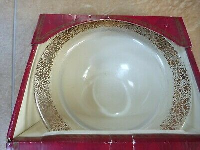 Marks and Spencer Small Bowl with 24 Carat Gold Crackled edge boxed