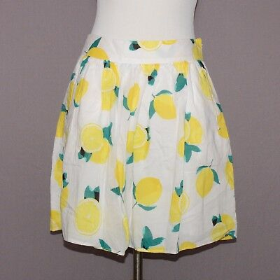 af3c3f78fc1 Cynthia Rowley White and Yellow Lemon Print Size 2 Cotton Circle Skirt