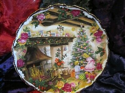 Vintage 1990 Royal Albert Old Country Roses Christmas Joy Plate, Box by F Errill