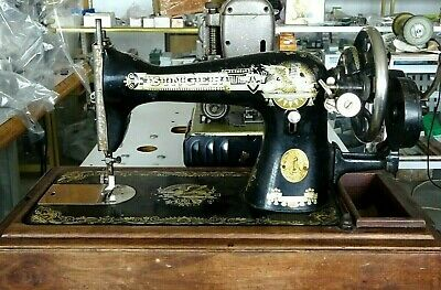 SINGER SEWING MACHINE VINTAGE 1900s  WORKING CONDITION