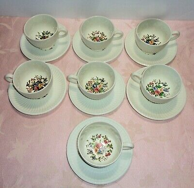 Wedgwood Edme CONWAY 7 Cup & Saucer Sets 14 Pcs Flowers Ribbing NICE
