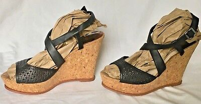 f0bca31d7ae VINCE CAMUTO WOMEN'S Black Leather Sandals Llario Wedge Cork Heels Size 10  Nice