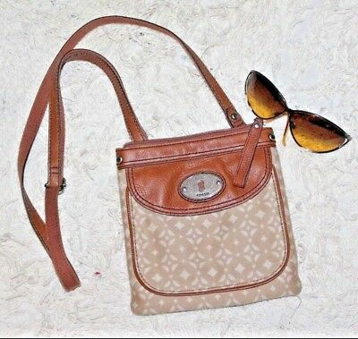 Fossil Brown Tan Two Tone Canvas Leather Trim Iconic Crossbody Purse Lc2