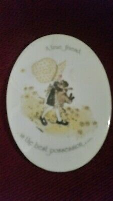 2 x HOLLY HOBBIE PLAQUES YELLOW BONNET LIKE NEW