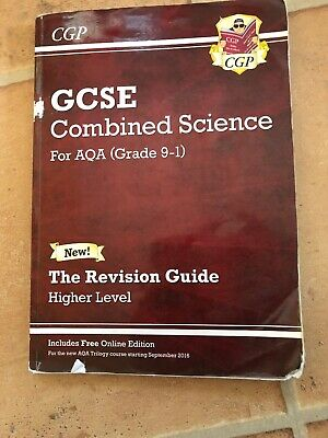 Grade 9-1 GCSE Combined Science: AQA Revision Guide - Paperback CGP Book
