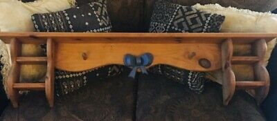 Beautiful VINTAGE Large WOODEN Wall HANGING Display Shelf w/Center BOW